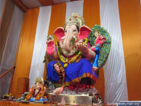 Ganesh at Gajanan Yuvak Maldal Ahmedabad 2016