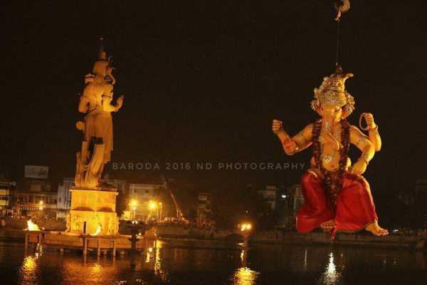 Ganesh Visharjan Manajalpur Na Raja Baroda 2016